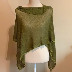 Lacey green knit scarf or short poncho